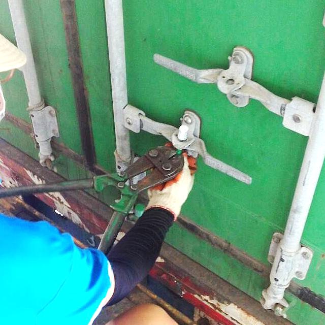 20150728貨櫃開箱照-03